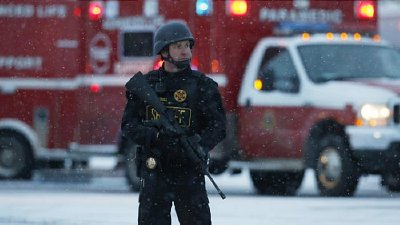 Armed police at Colorado Planned Parenthood clinic