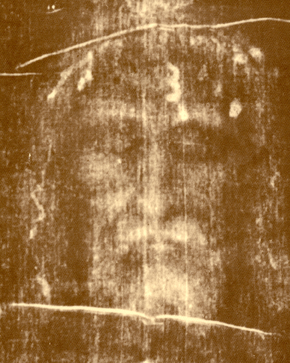 scientists argued and tries to authenticate the shroud of turin Rome when pope francis visits the northern italian city of turin in june, his outing will once again shine a spotlight on catholicism's most famed -- and also most debated - artifact: the holy shroud the shroud of turin is a centuries-old, 14-foot-long linen cloth carrying the image of.