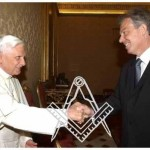 Tony Blair meets with the last pope to exchange Masonic handshake. Click to enlarge