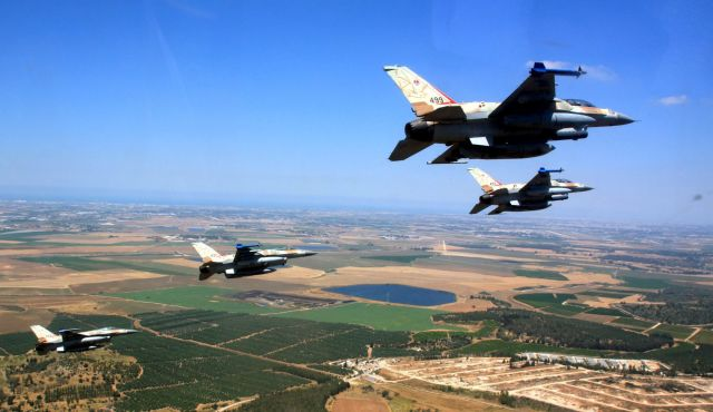 Israeli Air Force F-16i jets in flight. Click to enlarge