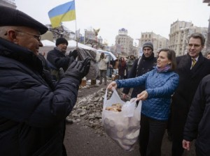 Victoria Nuland handing out cookies to protesters in Keiv. Click to enlarge