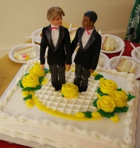 Gay-Wedding-Cake. Click to enlarge