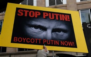 The photo that accompanies the article below. Note how it demonizes Putin: becoming in effect propaganda. Click to enlarge