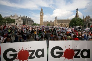 Pro Palestinian protesters ended their march outside the British Houses of Parliment. Click to enlarge
