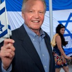 Israel's defender: actor Jon Voight. Click to enlarge