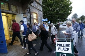 Voters enter a polling station in Pitlochry, Scotland, Sept 18, 2014. Click to enlarge