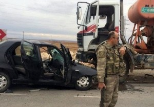Wreckage of Press TV's Serena Shim's car in which she was killed Sunday. Click to enlarge