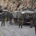 Israeli soldiers secure Israel's northern border with Lebanon, Jan 28 2015. Click to enlarge