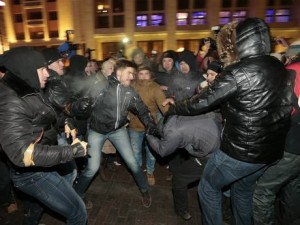 Supporters and opponents of Alexei Navalny clash in Moscow. Click to enlarge