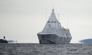 A Swedish warship searches for a suspected Russian submarine in the Stockholm archipelago lasy October. Click to enlarge