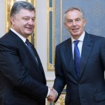Ukrainian president Petro Poroshenko with Tony Blair in Kiev. Click to enlarge