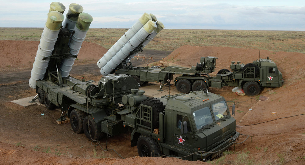 Iran may receive a modern system than the S-300, which although effective has been superseded by newer Russian weapons. Like the S-400, above
