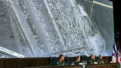 Russian Defense Ministry officials reveal to hundreds of journalists what they said were satellite and aerial images of thousands of oil trucks streaming from the IS-controlled deposits in Syria and Iraq into Turkish sea ports and refineries. Click to enlarge