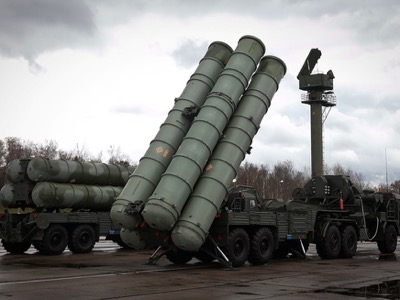 Russian S-400, a successor to the S-300. . Click to enlarge