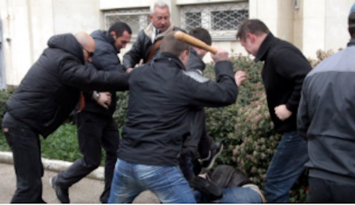 Russians-beat-Muslim-migrants-after-assaults.png