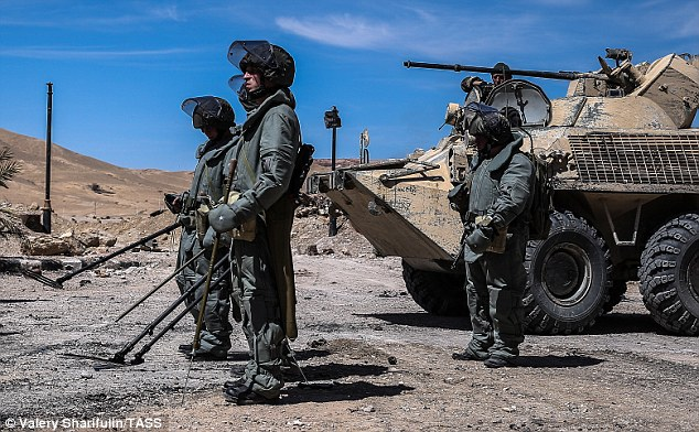 Russian mine clearance specialists prepare to go to work in Palmyra. click to enlarge