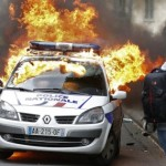 Paris Under Muslim Siege - News Blackout as Riots Wreck the City!
