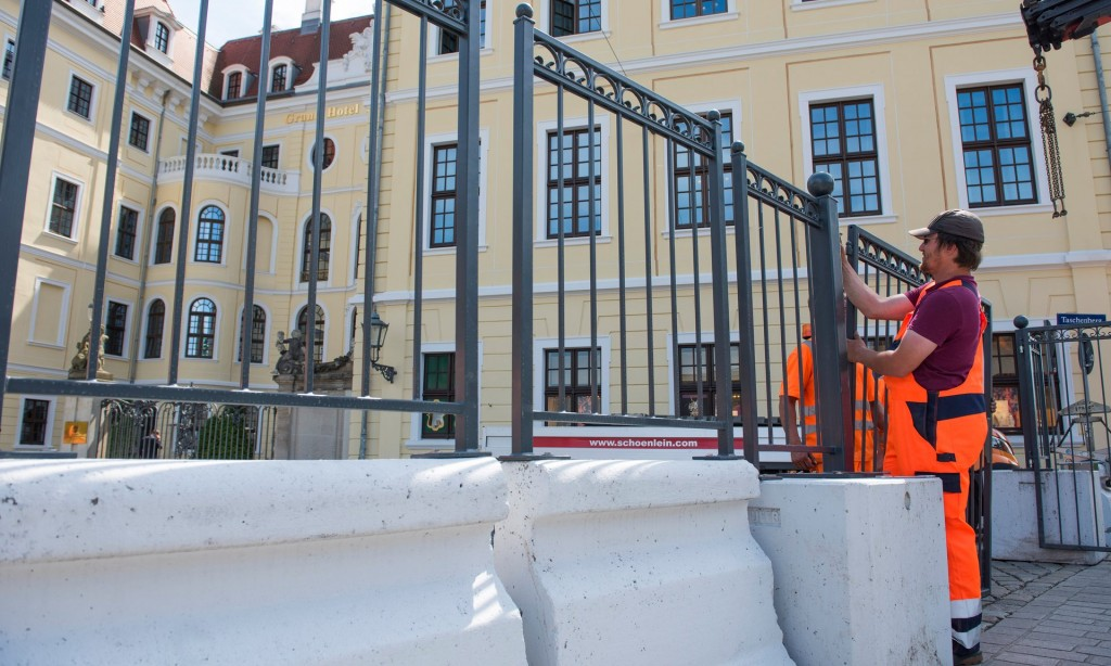 Bilderberg barrier around 2016 dresden meeting