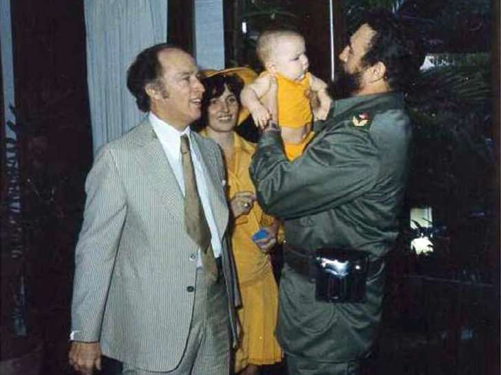 Castro bounced Justin-Trudeau's brother on his knee.Click to enlarge