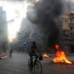 Video: Trapped civilians in Aleppo protest against rebel leadership