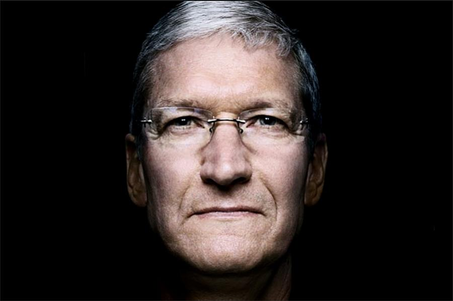 Apple-CEO-Tim-Cook-Comes-Out-I-m-Proud-to-Be-Gay-463566-2