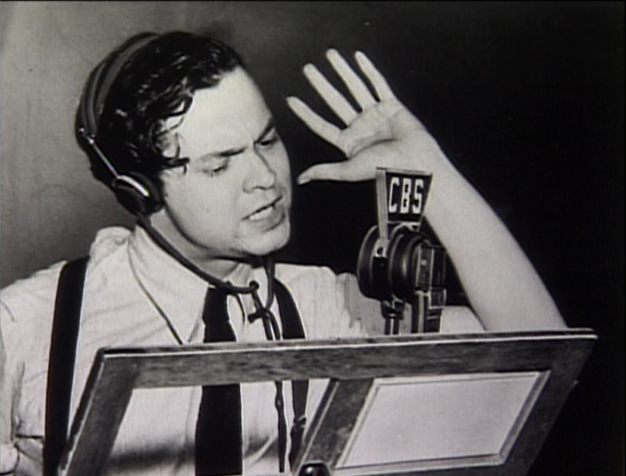 Orson-Welles-on-radio