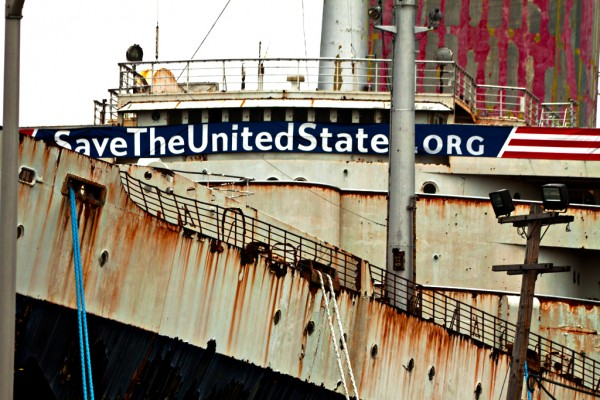 SS-United-States-in-Pennsport-2014-600x400