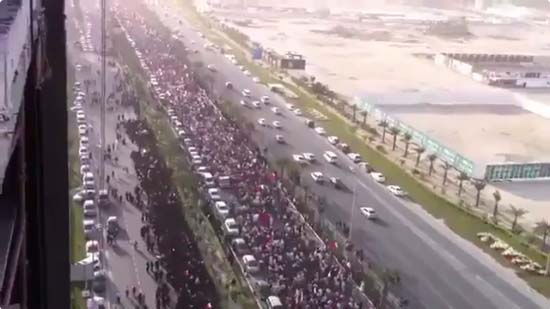 """The above photo appeared in the Jewish Press.com with the caption: """"300,000 March for Democracy in Iran. However, the photo was actually of protest marches in Bahrain. Click to enlarge"""