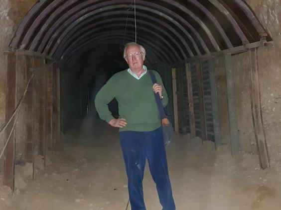 Robert Fisk in the miles of tunnels beneath Douma dug by prisoners of Syrian militants. Click to enlarge