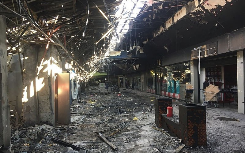 Limpopo prov shopping mall gutted1
