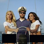 Wikipedia founder Jimmy Wales poses in a sleazy Bomis advertisement