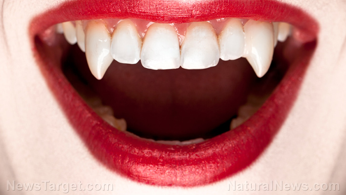 Vampire-Teeth-Lipstick-Fangs-Lips-Mouth