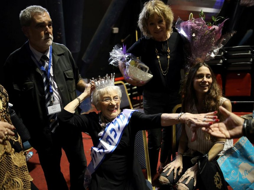 Miss Holocaust Survivor crowned. Click to enlarge
