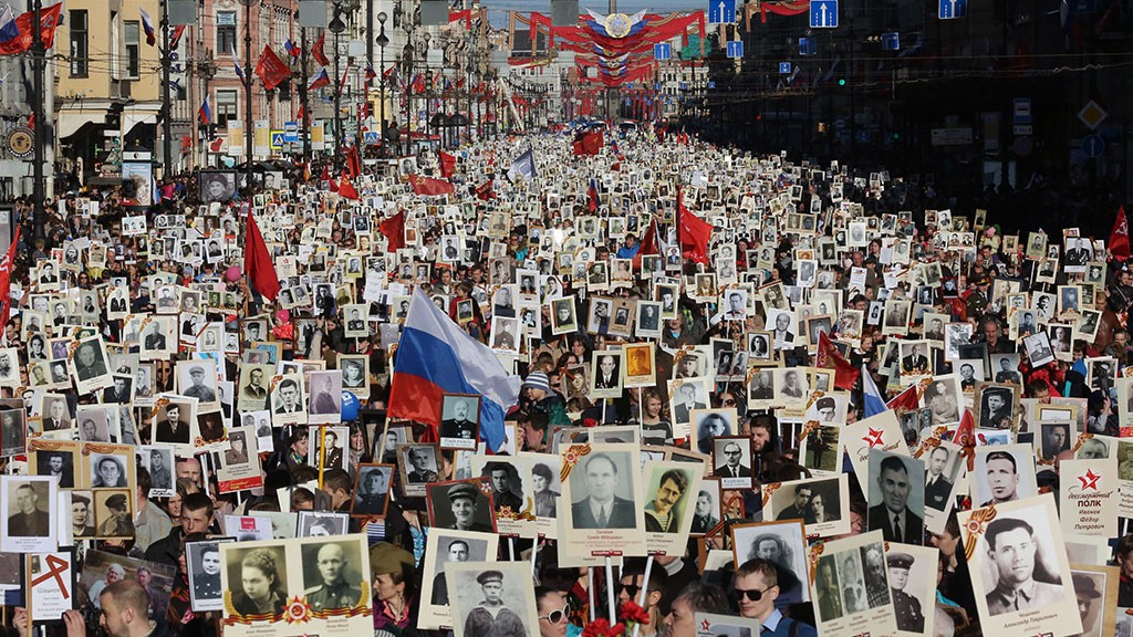 "The ""Immortal Regiment"" as an expression of the acute historical awareness of the Russian people. Click to enlarge"