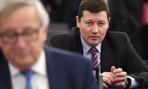Martin Selmayr (right). Click to enlarge
