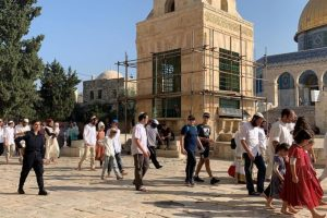 Some 5,000 settlers storm Al-Aqsa Mosque during Sukkot