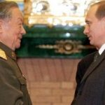 General Chi Haotian; Chinese Minister of National Defense, 1993-2003 meets with Putin