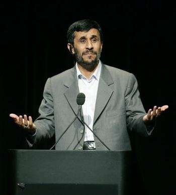 Blogging Ahmadinejad