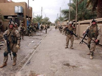 US Marines sweep through Fallujah's backstreets